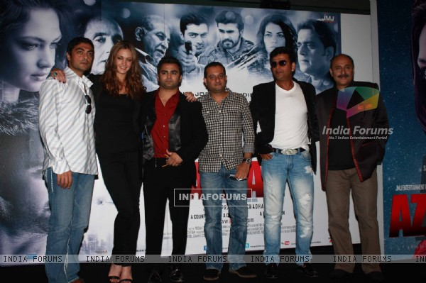 Sachin Joshi, Ravi Kissen and Candice Boucher at Press Conference of film 'Aazaan'