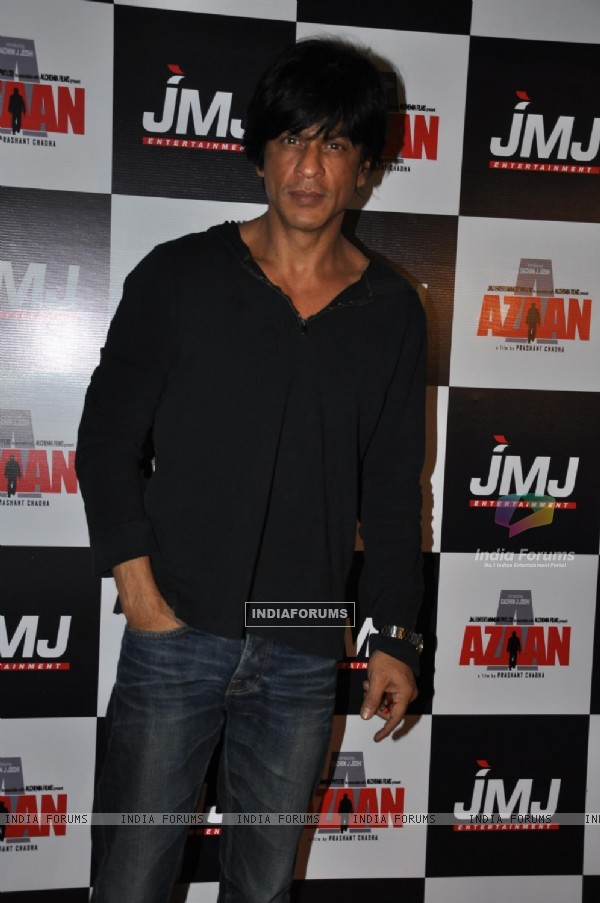 Shah Rukh Khan at Premiere of film 'Aazaan' at PVR Cinemas in Juhu, Mumbai
