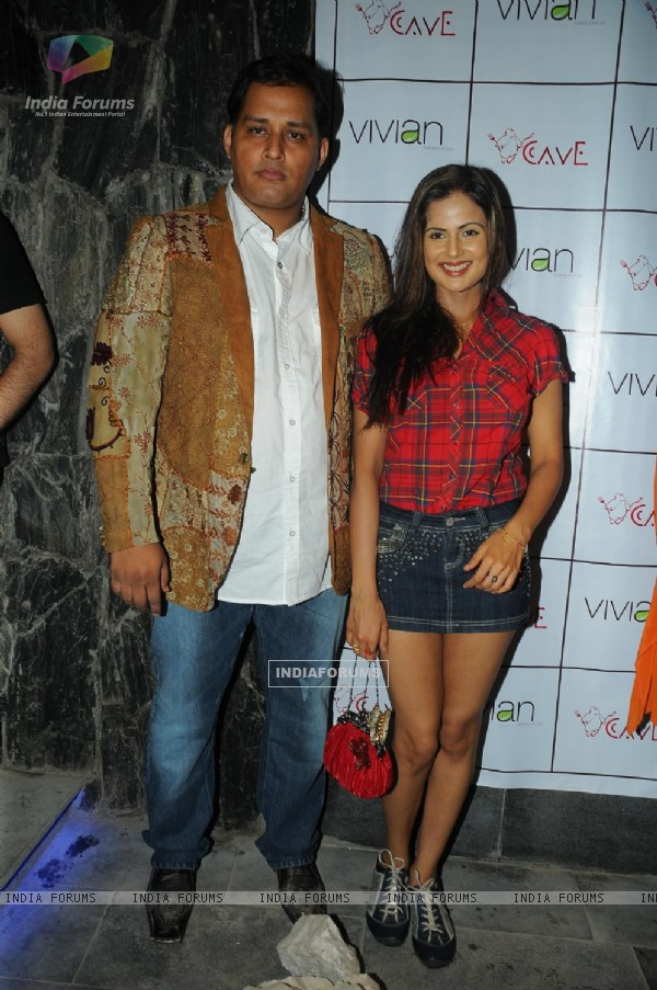 Mandeep Khurana with Nandini Singh at Grand launch of 'CAVE' in Mumbai a Sunken Bar and Cave Houses
