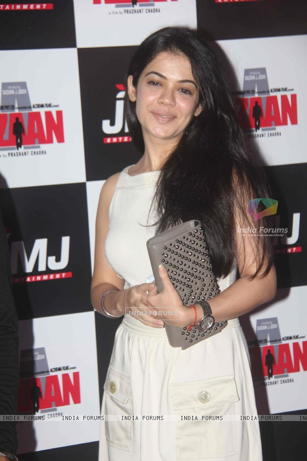 Shweta Gulati at a premier of Aazaan