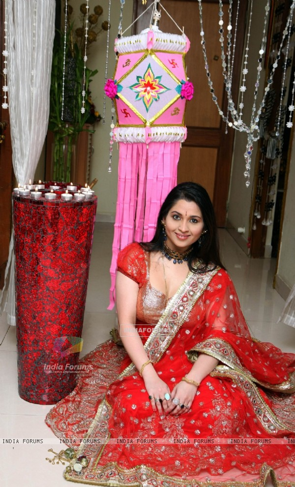 Misti Mukherjee photo shoot by celebrating 'Deepawali' Hindu festivals of Lights