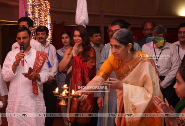 Mahima Chaudhry taking part in Diwali Muhurat Trading at the Bombay Stock Exchange(BSE) in Mumbai