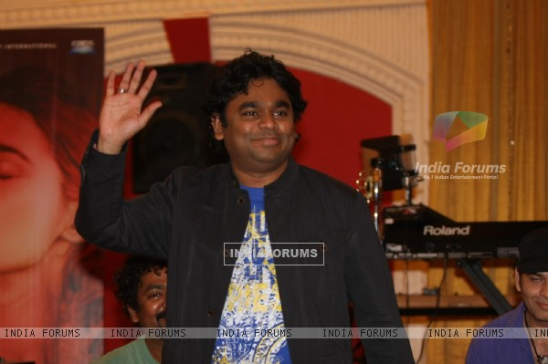 A.R. Rahman for the film 'Rockstar' concert press meet at Santacruz in Mumbai (166675)