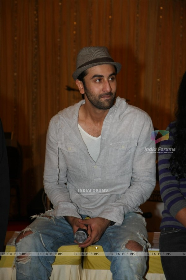 Ranbir Kapoor for the film 'Rockstar' concert press meet at Santacruz in Mumbai (166678)