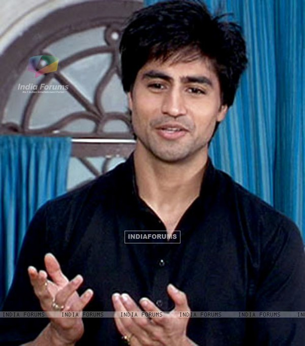 Still image of Harshad from Tere Liye