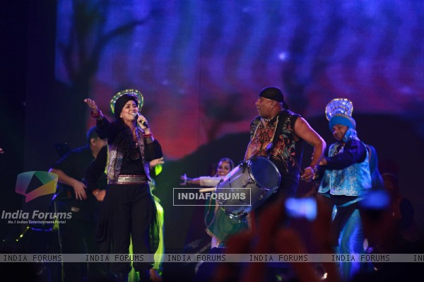Celebs rock at 'Rockstar' live concert at Bhavans Ground (167230)
