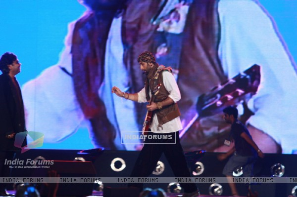 Ranbir Kapoor and A R Rahman rock at 'Rockstar' live concert at Bhavans Ground (167238)