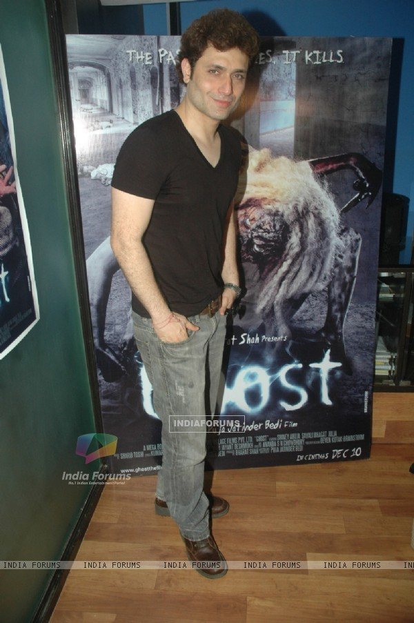 Shiney Ahuja promotes his film Ghost at Andheri