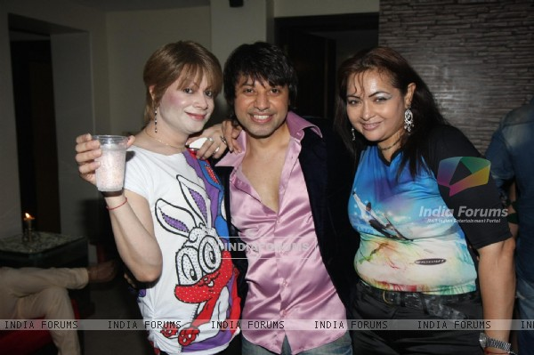 Bobby Darling grace Kapil Sharma's Birthday Bash