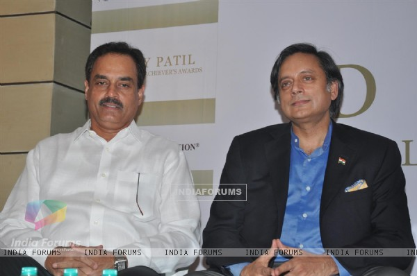 Celebs grace the press meet of DY Patil Annual Achiever's Awards at Worli
