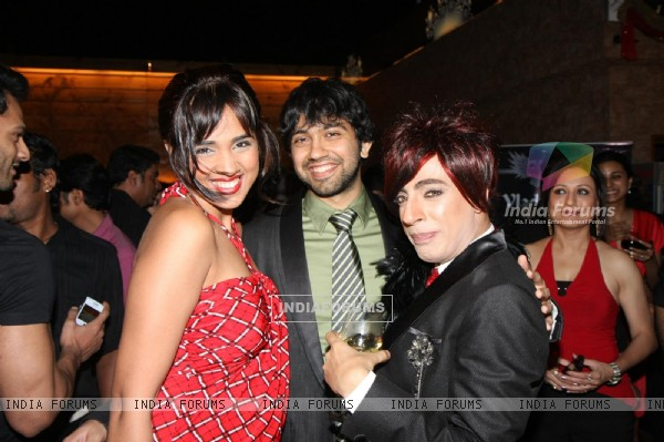 Mouli grace Rohit Verma's birthday bash with fashion show 'Hare' at Novotel