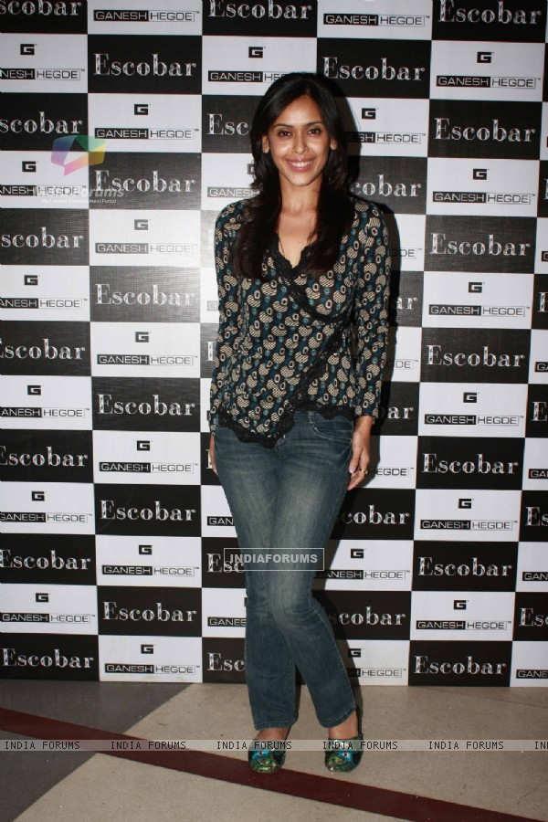 Hrishita Bhatt grace Ganesh Hegde's birthday bash at Escobar