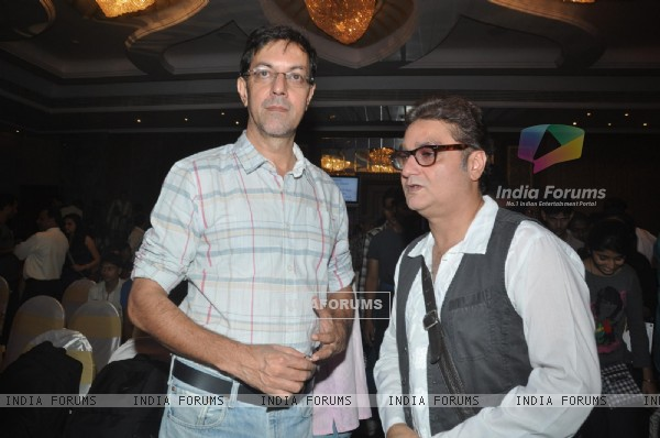 Rajat Kapoor and Vinay Pathak at 'Pappu Can't Dance Saala' music launch at Sea Princess