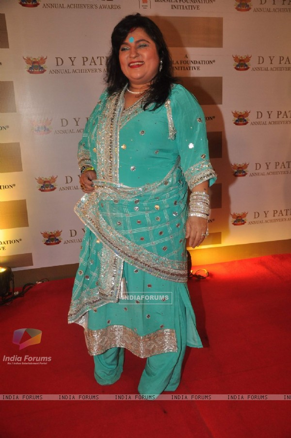 Dolly Bindra at DY Patil Awards