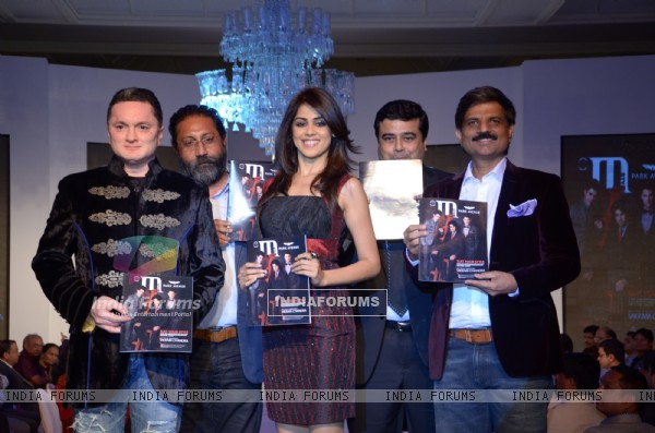 Gautam Singhania, Genelia D'Souza and Shreyas Joshi at Park Avenue fashion show in Mumbai