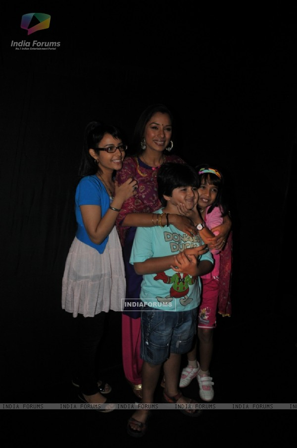 Rupali Ganguly with cast at launch of Sony TV new show 'Parvarrish' at Powai
