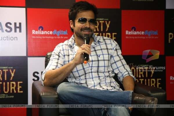 Emraan Hashmi promotes his film 'The Dirty Picture' at Reliance Digital Stores in Mumbai