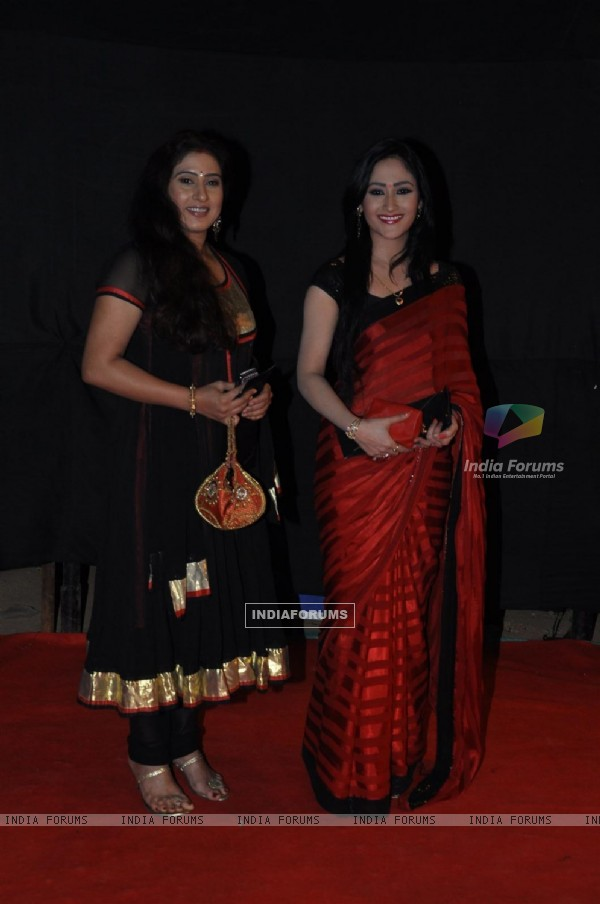 Aditi Sajwan and Seema Pandey at Golden Petal Awards By Colors in Filmcity, Mumbai