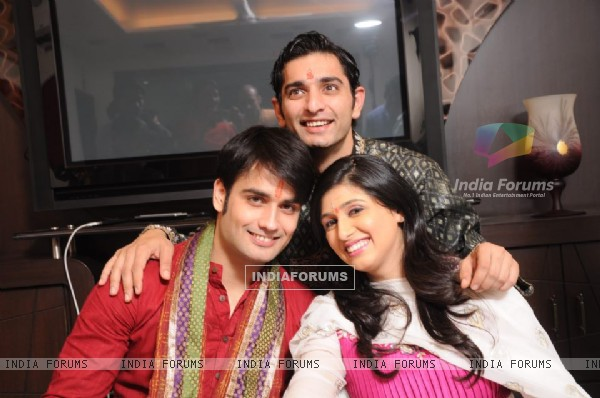 Vivian and Vahbiz with Siddharth