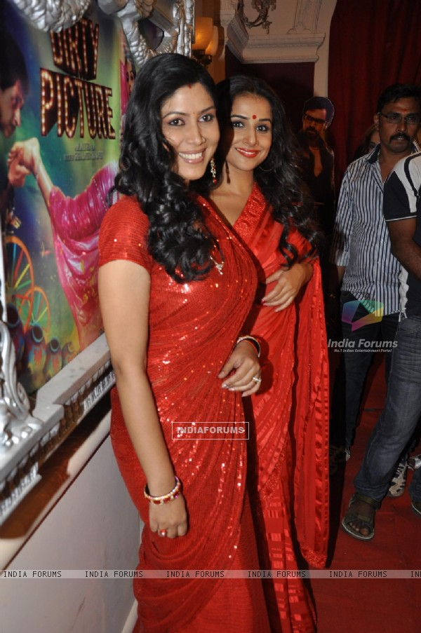 Vidya Balan and Saakshi Tanwar on the sets of 'Bade Acche Laggte Hai' at Filmcity in Mumbai