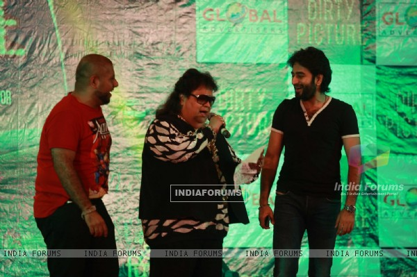 Bappi Lahiri, Vishal-Shekhar at promotions of film 'The Dirty Picture' at Mithibai College Kshitij