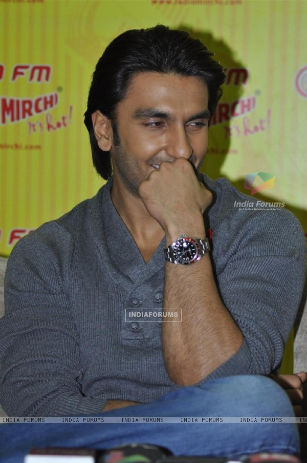 Ranveer Singh promote his film 'Ladies vs Ricky Bahl' at 98.3 FM Radio Mirchi studio