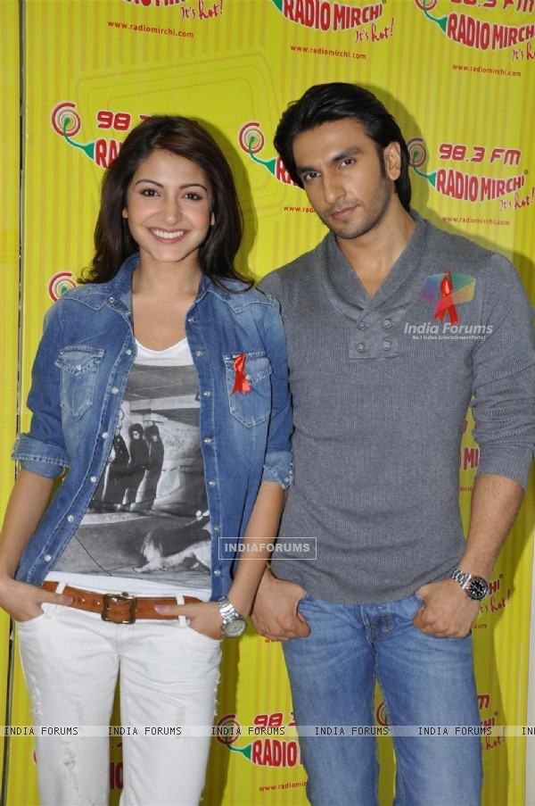 Anushaka Sharma and Ranveer Singh promote their film 'Ladies vs Ricky Bahl' at 98.3 FM Radio Mirchi studio