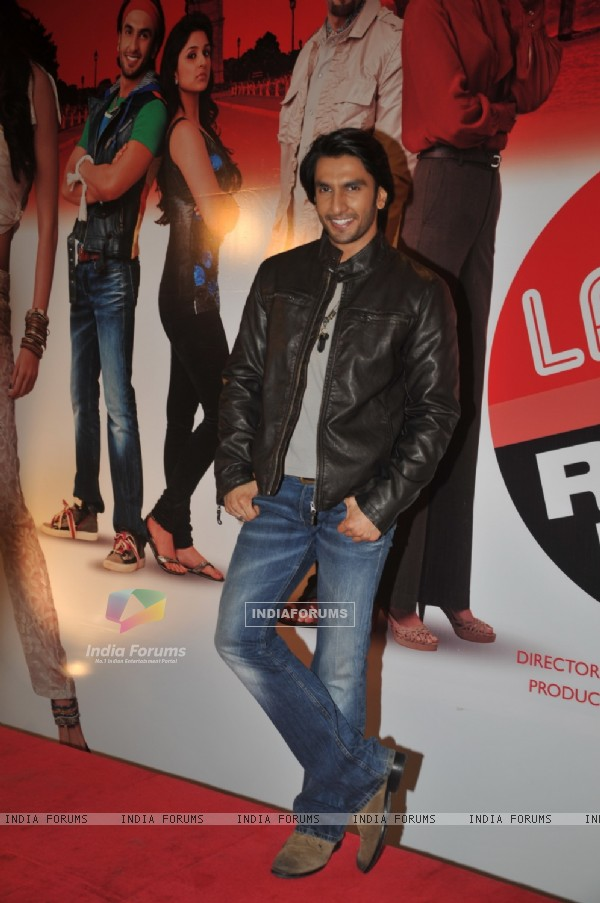 Ranveer Singh grace Ladies V/s Ricky Bahl event at Yashraj, Mumbai (172738)
