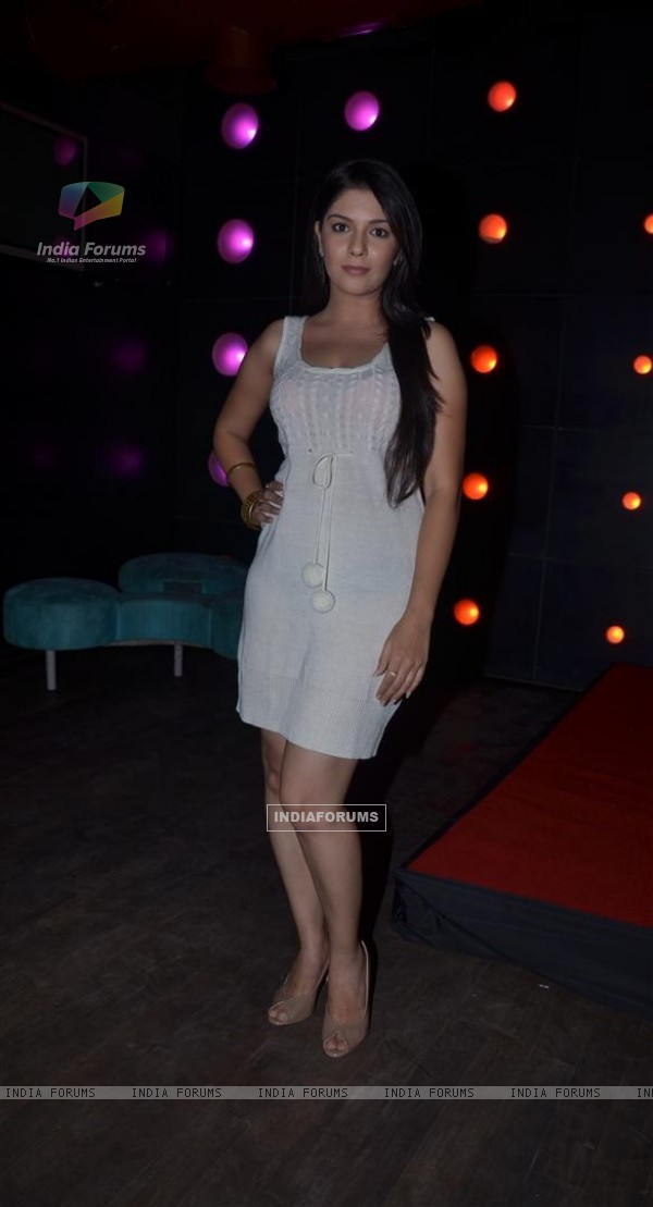 Pooja Gor at 500 episodes and 2 years completion party of Pratigya