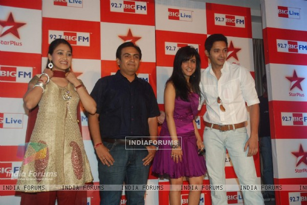 Shreyas Talpade, Dilip Joshi and Disha Wakani at BIG Star Entertainment Awards 2011