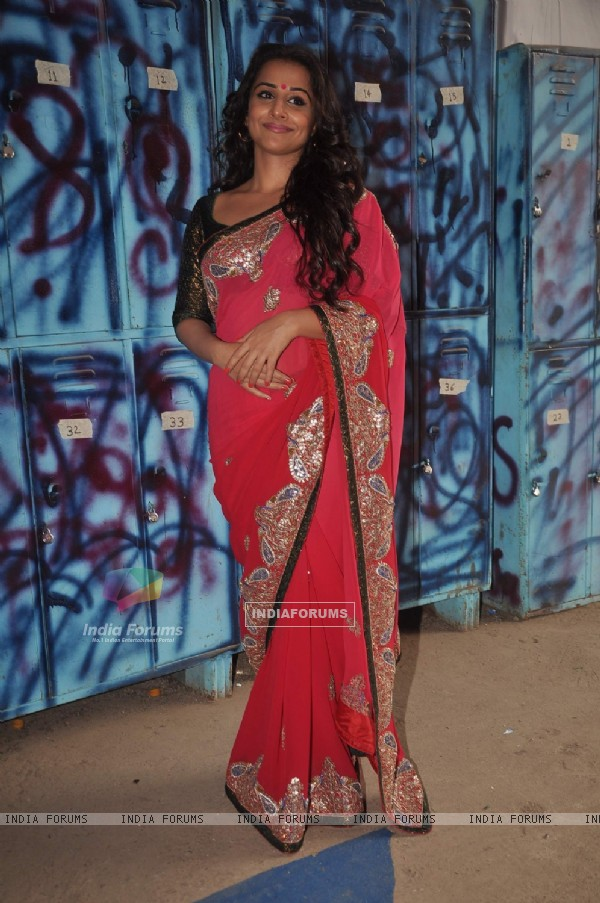 "Vidya Balan on the set of ""Bigg Boss Season 5"" to promote her movie The Dirty Picture"