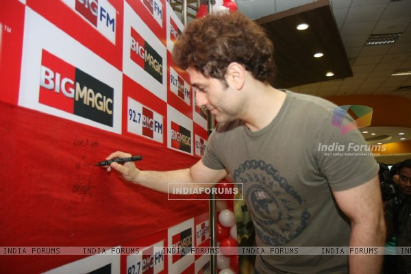 Shiney Ahuja at the launch of late night show on 92.7 BIG FM Andheri, Mumbai