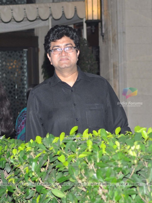 Prasoon Joshi grace Tom Cruise welcome party at Taj Mahal Hotel, colaba