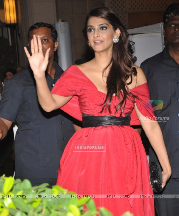 Sonam Kapoor grace Tom Cruise welcome party at Taj Mahal Hotel, colaba
