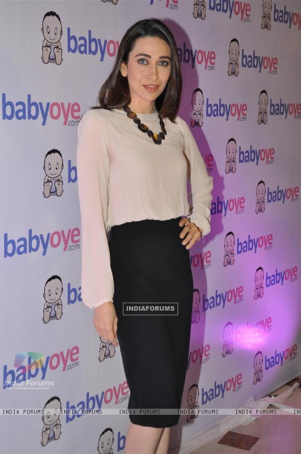 Karisma Kapur launches Babyoye.com website at TajLands End, Mumbai