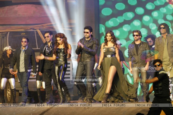 Abhishek, Bipasha, Sonam, Neil Nitin, Omi and Bobby at Music launch of film 'Players' at Juhu in Mum