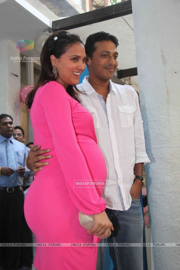 Lara Dutta & Tennis Ace Player Mahesh Bhupati poses during Lara Dutta's Baby Shower in Mumbai