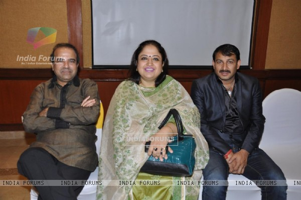 Suresh Wadkar and Manoj Tiwari at Sonu Nigam's music album launch at Andheri, Mumbai
