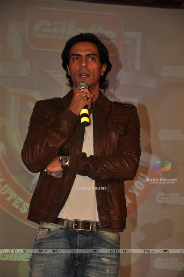 Arjun Rampal at Gillette press meet at Trident