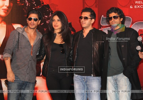 Shahrukh  Khan,Priyanka Chopra and Farhan Akhtar  at Reliance Airport Metro Line,New Delhi Station to promote their film