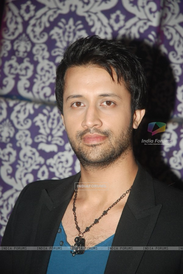 Atif Aslam at Sahara One new show launch in J W Marriott - 175609-atif-aslam-at-sahara-one-new-show-launch-in-j-w-marriott