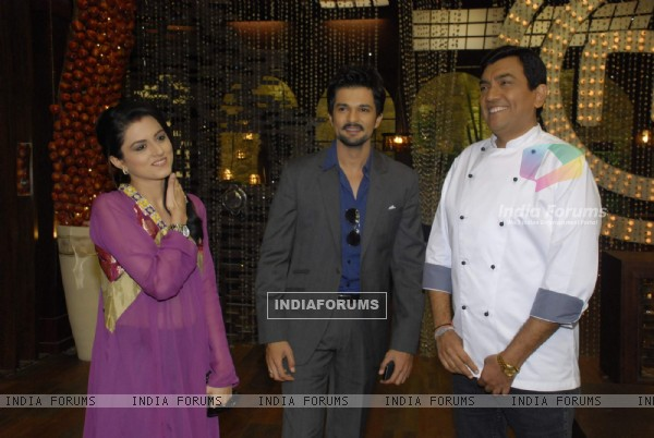 Sanjeev Kapoor, RaQesh and Riddhi Dogra Vashisth on the sets of Master Chef India 2 at RK Studios