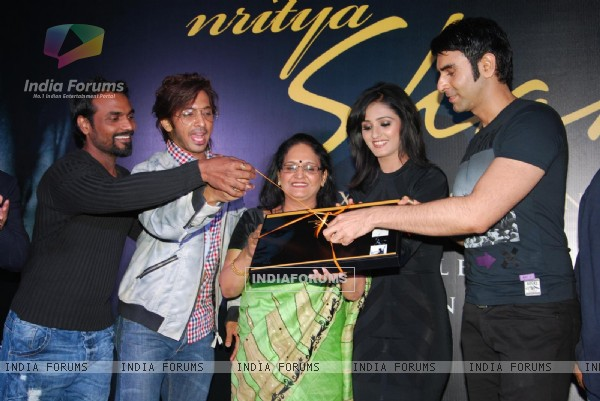 Remo Dsouza, Terence Lewis and Sandip Soparkar at launch of Shakti Mohan's Dance Calendar