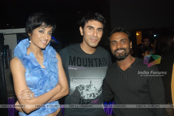 "Remo Dsouza, Sandip Soparrkar and wife Jessy grace Zee's ""Dance India Dance"" bash by Shakti Mohan"