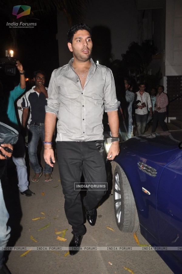 Cricketer Yuvraj Singh at Diya Diamond Concert in St Andrews, Bandra, Mumbai. .