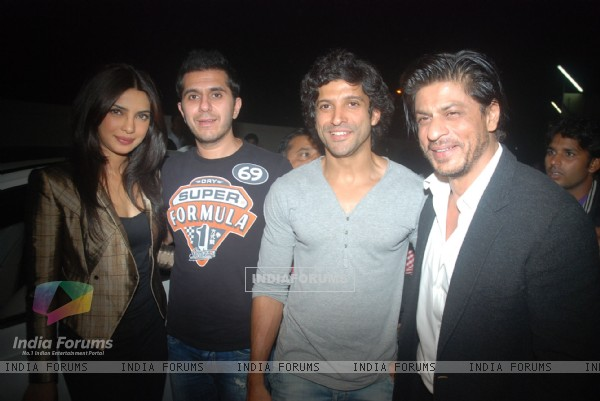 Priyanka Chopra, Ritesh Sidhwani, Farhan Akhtar, Shahrukh Khan at Don 2 special screening at PVR