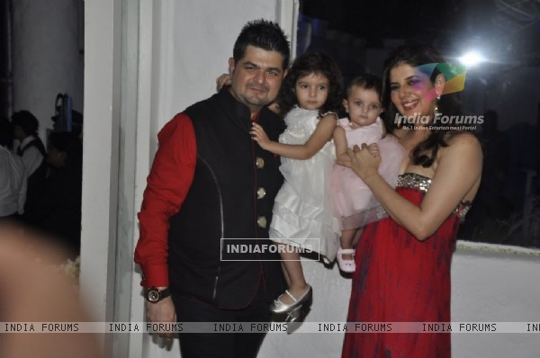 Dabboo Ratnani with wife and Kids at his Calendar launch