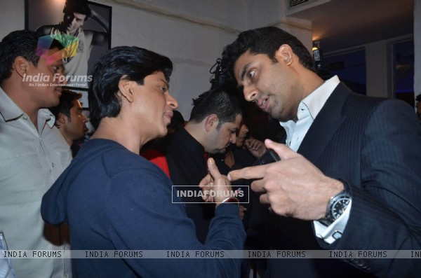 Abhishek and Shah Rukh Khan at Dabboo Ratnani calendar launch