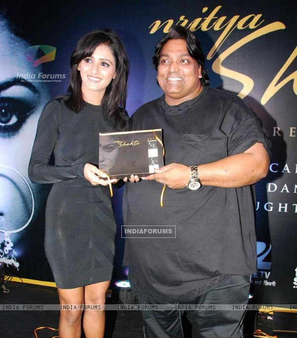 Shakti Mohan with Ganesh Acharya at Nritya Shakti 2012 Calendar launch