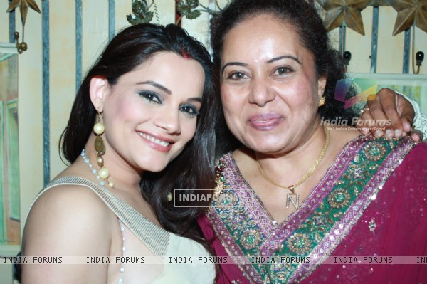 Kanica Maheshwari and Neelu at 100th episode success party of tvshow 'Diya Aur Baati Hum' at Juhu